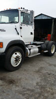 1994 Ford Tract L9000