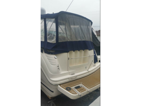 Used 2003 Rinker Boat Co 310 fiesta vee