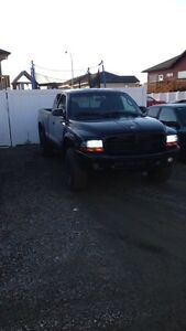Great mid size truck 3100$