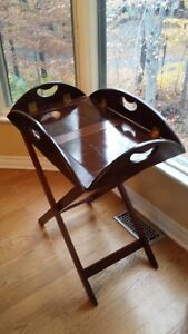 OLD WOODEN BUTLER TABLE price drop West Island Greater Montréal image 1