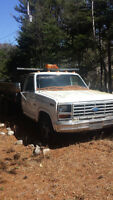 1986 Ford F-350 Dompeur