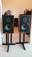 Rare Monitor Audio - R100 Two-Way Speakers