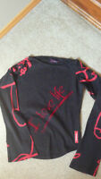 Desigual shirt for girl 10-14 years old     Very cool design