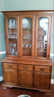 Vilas Maple Dining Hutch and cabinet