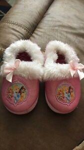Princess slippers 9-10 size  Kitchener / Waterloo Kitchener Area image 1
