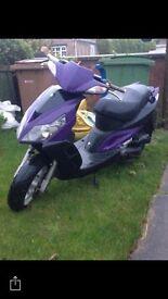 50cc Sym Moped