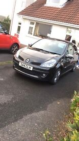 2009 Renault Clio For Sale! Only 73,800 miles! Ideal first Car!