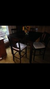Newer dining set with chairs Kawartha Lakes Peterborough Area image 3
