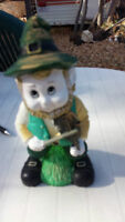 LEPRECHAUN LAWN ORNAMENT