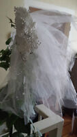 Beauitful white wedding vail with flower headpiece