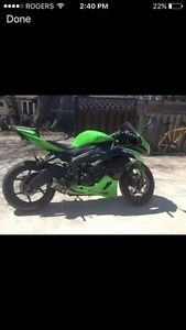 2012 KAWASAKI NINJA LIKE NEW! LOW KM!