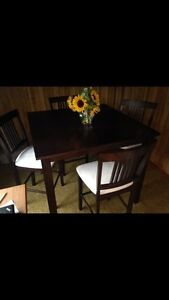 Newer dining set with chairs Kawartha Lakes Peterborough Area image 2