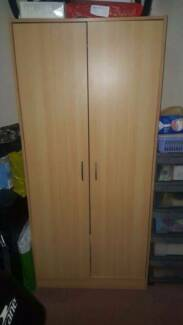 Wardrobe used for storage of boxes.. Clean. Epping Whittlesea Area Preview