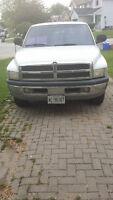 1998 Dodge Power Ram 1500 Pickup Truck