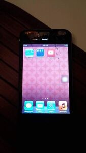 Ipod touch 64 gb!! West Island Greater Montréal image 2