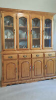Solid Maplewood Dining Room Set