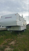 REDUCED 1997 Wildwood 26' 5th Wheel