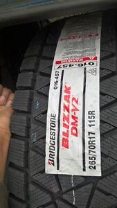 Bridgestone Blizzak DM-V2 P265/70R17 winter tires