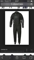 watersports / dry suit / helmet / gloves / shoes / new condition