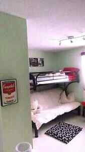 3 ROOMS FOR $300 BASEBOARDS INCLUDED Kitchener / Waterloo Kitchener Area image 9