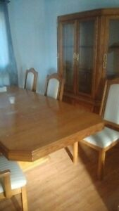 Glass china cabinet, 6 chairs + 10 ft table!  Cambridge Kitchener Area image 2