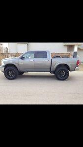 Dodge ram 2013 lifted!!!