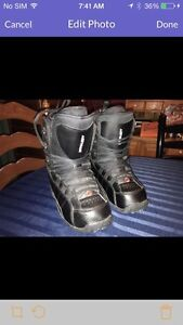 Snowboard boots  size 8 men's