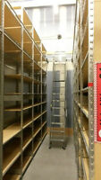 INDUSTRIAL WAREHOUSE DOUBLE FACING SHELVING W/ LADDER SYSTEM