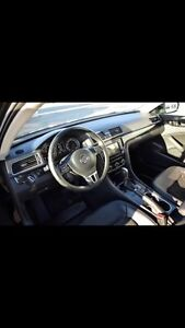 2012 passat highline 3.6 V6 warranty 2 yrs Regina Regina Area image 9