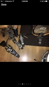 Yamaha drum and cage / batterie cymbal sabian