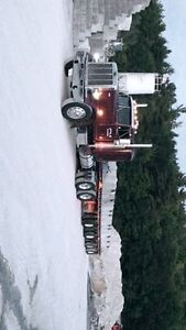 Awesome working and immaculate shape 1985 peterbilt 359 Peterborough Peterborough Area image 5