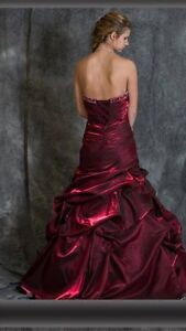Beautiful prom dress for sale St. John's Newfoundland image 2