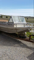 24' Aluminum Flat Bottom Boat