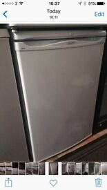 White hotpoint 60cm undercounter refrigerators good condition with guarantee bargain