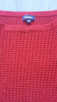 WOMEN'SS SWEATERS SIZE MEDIUM AND LARGE