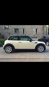 2009 Mini Cooper LOW MILEAGE WOMAN DRIVER