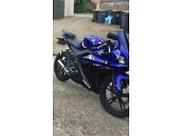 yzf r 125 2011 with private plate