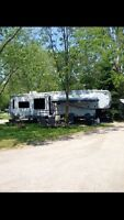 Big country 3650RL fifth wheel 2012 mint condition