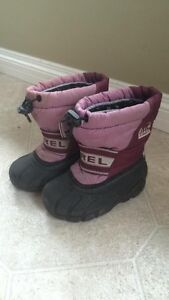 Sorel boot size 8T