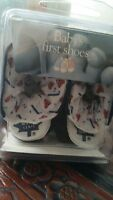 Toronto Maple Leafs Baby Booties 0-6 MTHS