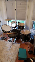 Tornado Drum Kit (nearly new)