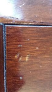 OLD WOODEN BUTLER TABLE price drop West Island Greater Montréal image 8