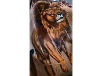 Giant lion print bedthrow