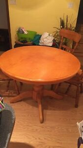 Wooden table with three chairs  Kitchener / Waterloo Kitchener Area image 1