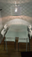 Dining set - Table and 4 chairs - Foot: Metal, Top: Glass