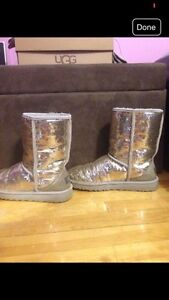 Sparkly sequin uggs  West Island Greater Montréal image 1