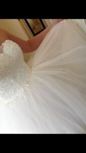 Wedding dress for sale - BRAND NEW NEVER WORN!  Cambridge Kitchener Area image 3