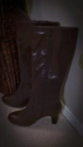 Women's Genuine Leather Boots - La Canadienne (Made in Canada)