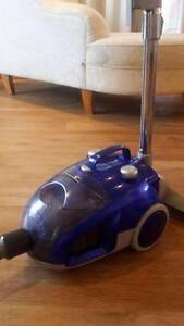 Powerful Hardwicks Ultra Bagless Vacuum Cleaner Cremorne North Sydney Area Preview