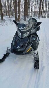Bombardier Grand Touring 2015 1200cc
